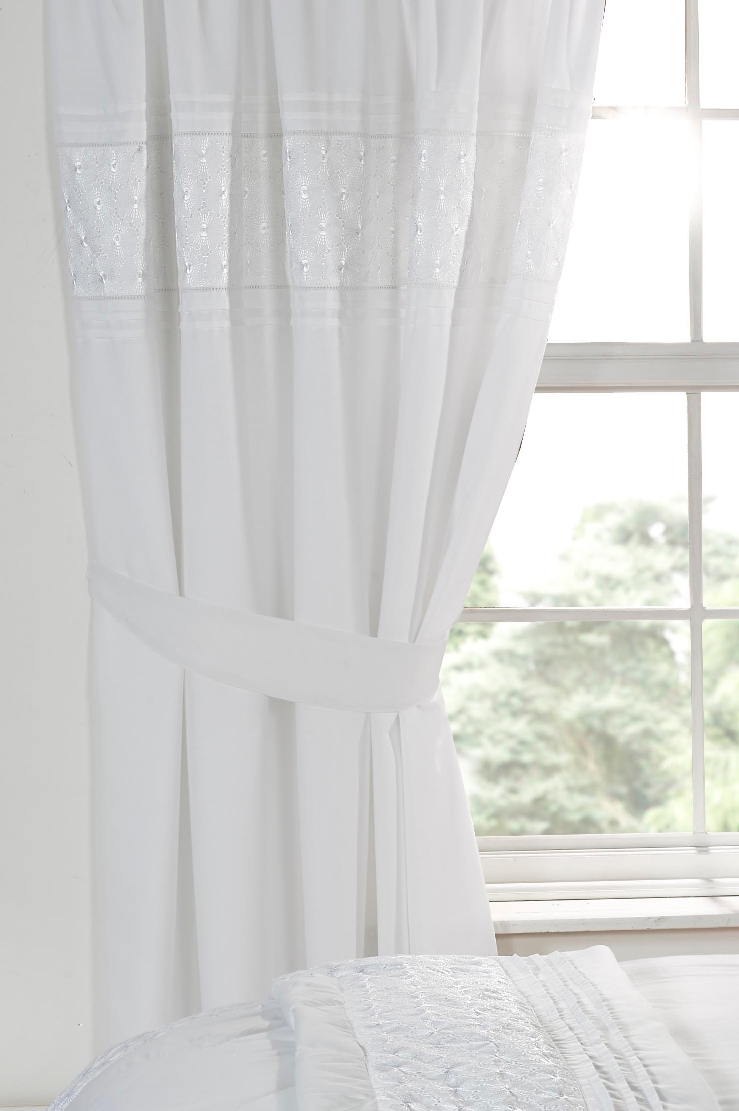 Luxury White Bedding Bed Sets Or Curtains Matching
