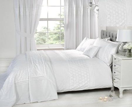 Luxury White Bedding Bed Sets OR Curtains / Matching Accessories ...