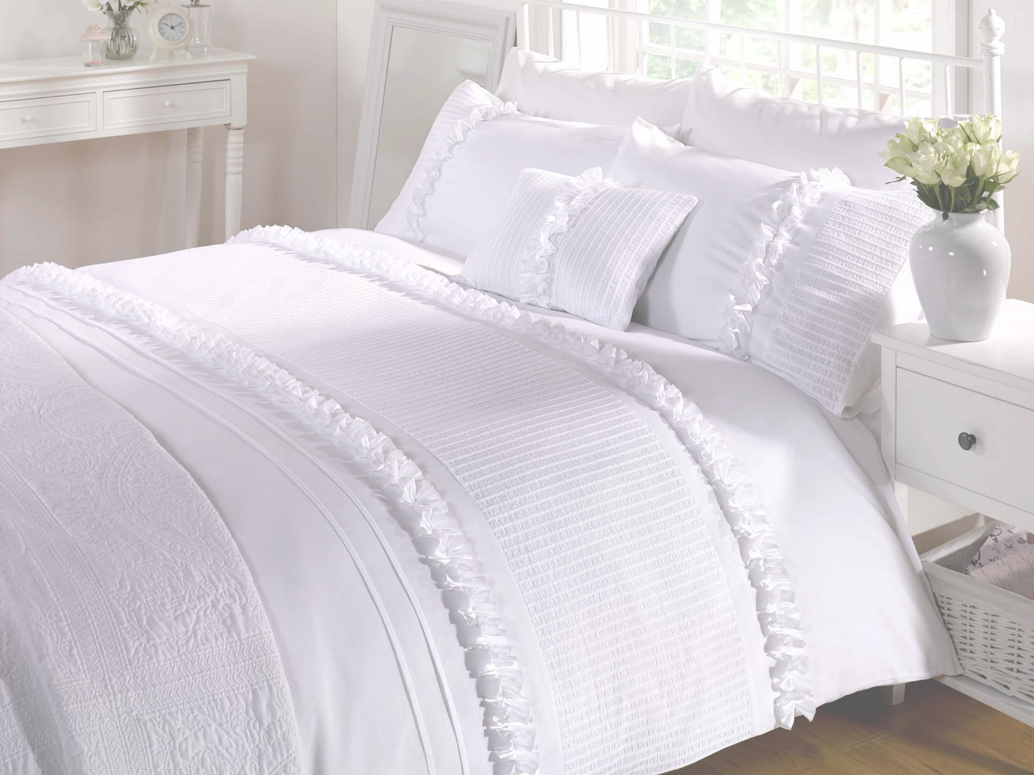 White Duvet Quilt Cover Bedding Bed Set Ruffles 4 Sizes